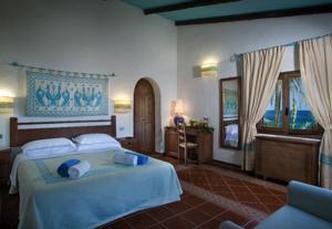 beadroom in the arabatax park resort cottages