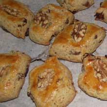 baked walnut cookies