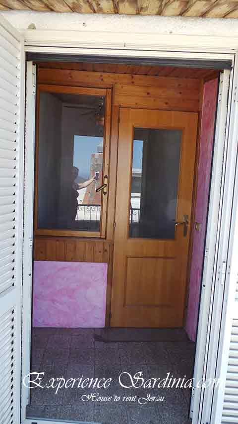entrance from balcong in a cheap sardinia vacation rental