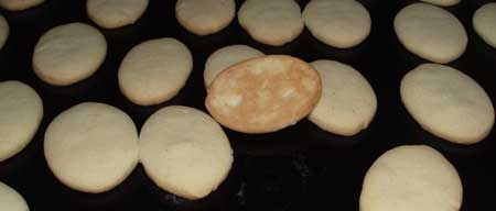 simple italian biscuits baked