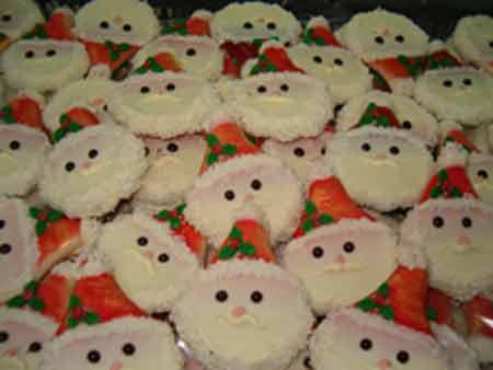 santas face cookies