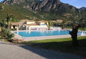 hotel cardedu swimming pool