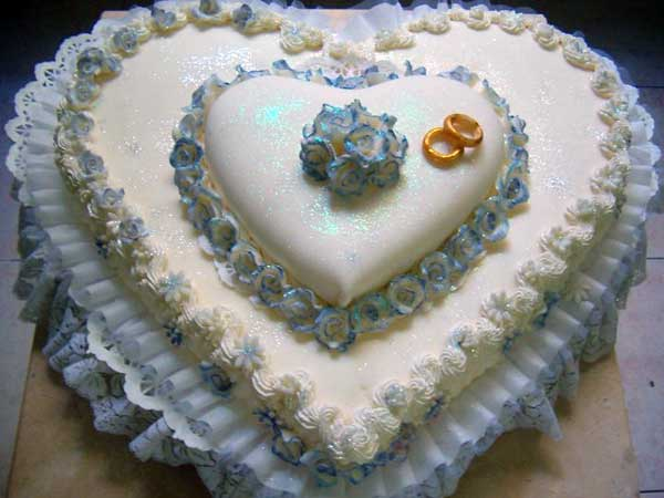 Italian Heart Shaped Wedding Cake