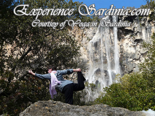 yoga in sardinia with alex in ulassai