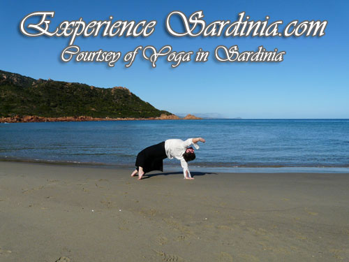 yoga in sardinia with alex
