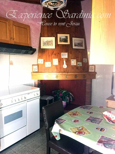 self catering in sardinia italy kitchen