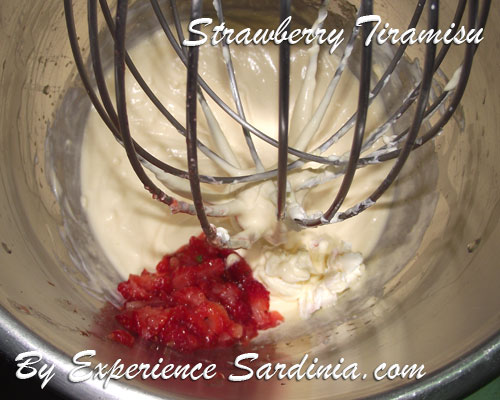 making a strawberry cream for tiramisu