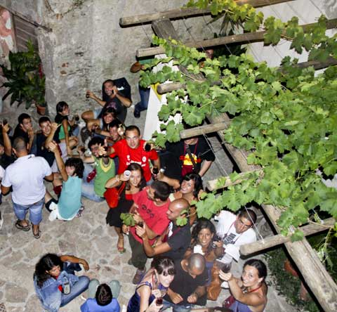 the night of calici di stelle in jerzu