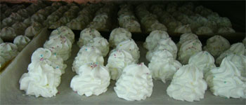 meringue cookies drying out in the oven